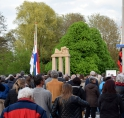 Dodenherdenking  bij Broersepark op Amsterdamseweg