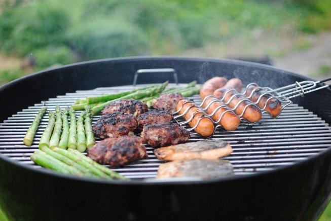 Lions Club Amstelveen trakteert kinderen op BBQ