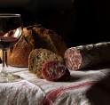 Oude Dorp Amstelveen krijgt nieuwe wijn- en delicatessenzaak