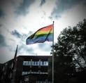 D66 Amstelveen pleit voor regenboogvlag bij raadhuis