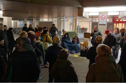 protesten_raadhuis_amstelveen.jpg