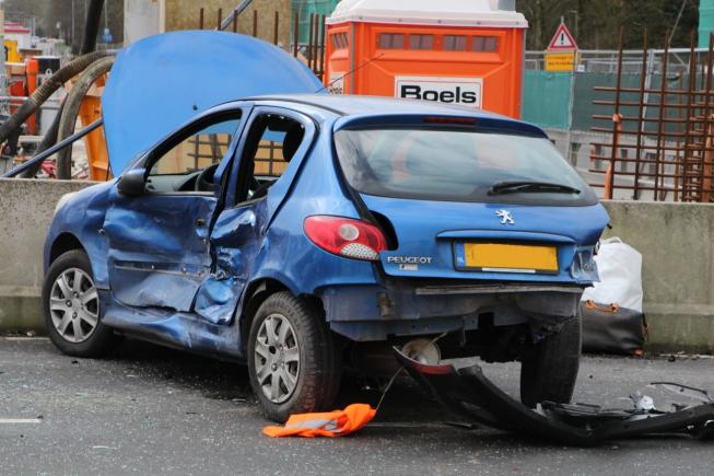 Zwaar ongeval op kruispunt Beneluxbaan: meerdere gewonden