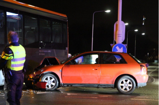 112_ongeval_bus_audi_dp.jpg