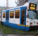 Tram schiet van rails in spits: drukte en vertraging