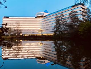 Amstelveen start onderzoek naar monumentale status KLM-gebouw