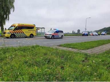 112_dprf_ongeval_bovenkerkerweg_taxibusjes_auto.jpg
