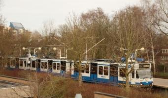 Onrust over kaalslag openbaar vervoer in Waardhuizen-Middenhoven