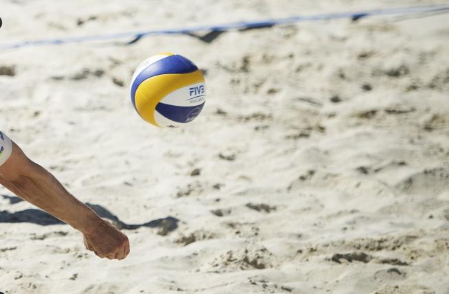 Sport in Amstelveen (11), nog één keer (beach)volleybal