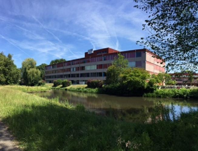 Reünie HWC: de laatste in het huidige schoolgebouw