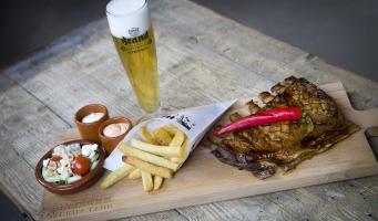 Nieuw Spareribs, Lobster en Ribeye-concept van de Haddock Grill Club