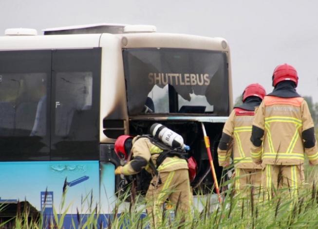 Shuttlebus vat vlam