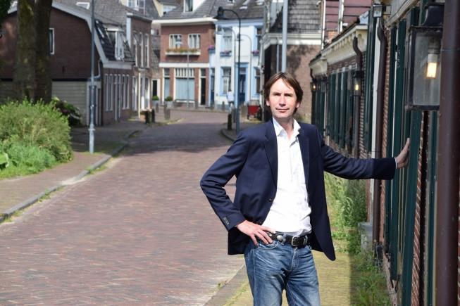 Burger geeft zich op internet uit voor VVD-wethouder Herbert Raat