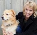 Amstelveense schrijfster Marieke Smithuis leest voor in bieb