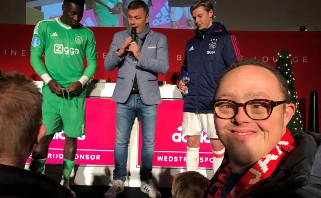 Special Needs Nederland laat wensen Ajax-fans in vervulling gaan