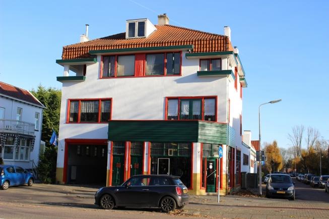 Oude KwikFit-garage Amstelveen voorgedragen als monument