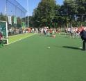 VVD-wethouder sport Rob Ellermeijer opent nieuwe watervelden HV Myra
