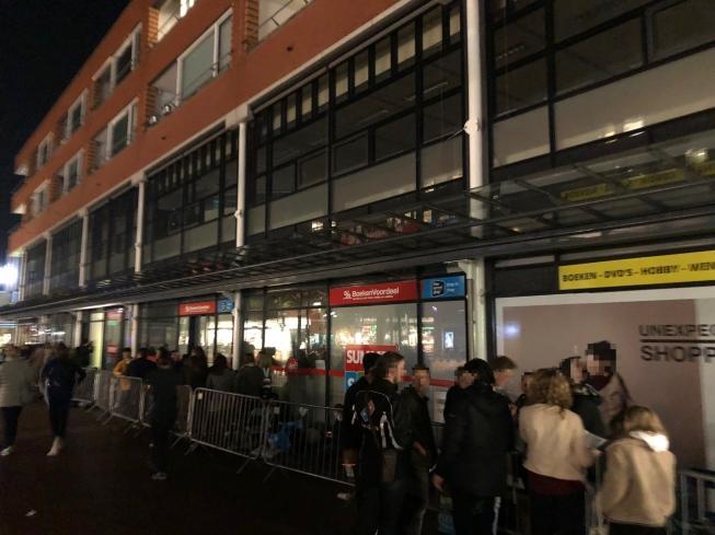 Dunkin' Donuts-gekte in Amstelveen: avond van tevoren in rij voor opening