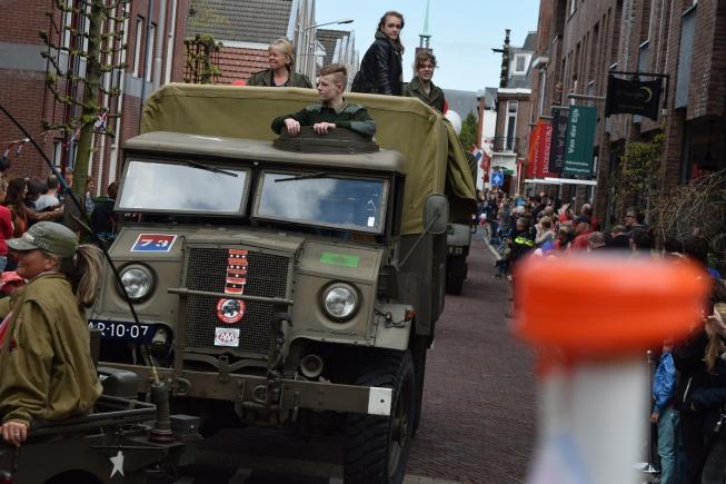 Legervoertuigen Keep Them Rolling dit jaar niet naar Amstelveen