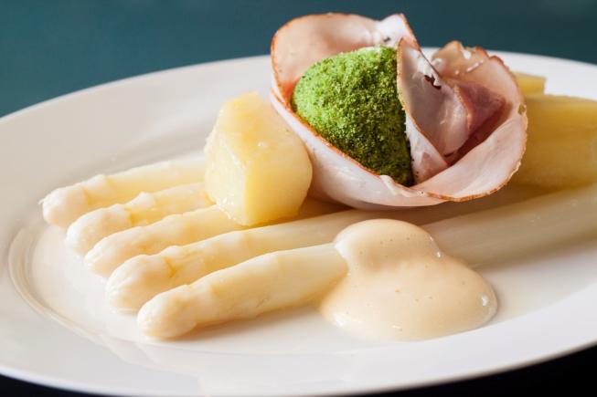 Nu te boeken: exclusieve asperge-avond bij Brasserie Paardenburg