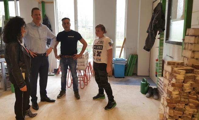 Gebak voor Amstelveense leraren op Dag van de Leerplicht