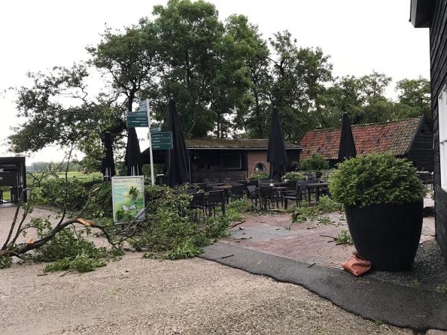 Brasserie 10 zwaar getroffen door noodweer