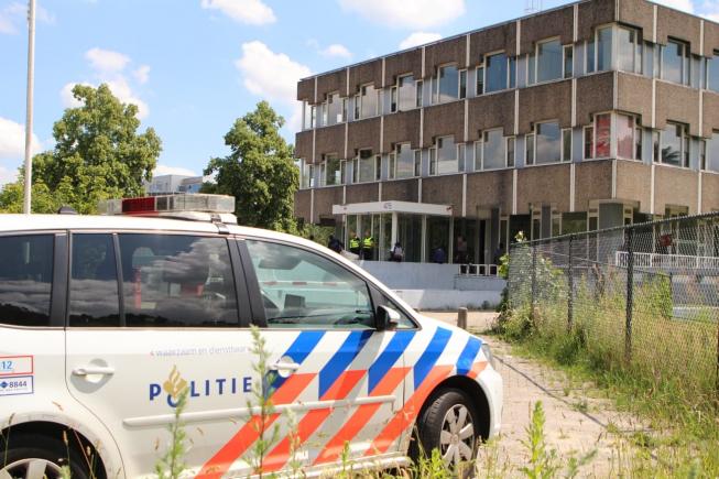 Krakers We Are Here vertrekken uit Amstelveens pand