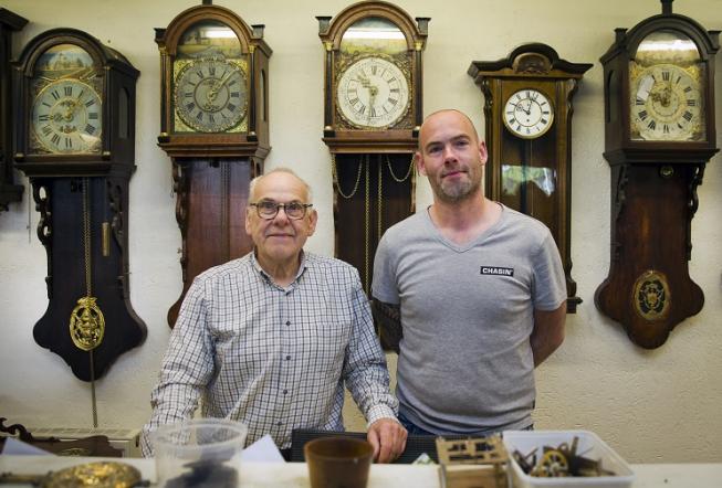 Klokkenspeciaalzaak Peereboom: samen meer dan 70 jaar ervaring